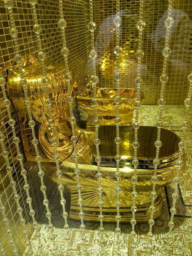 golden-toilet.jpg