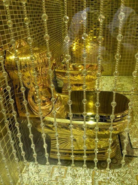 golden-toilet.jpg